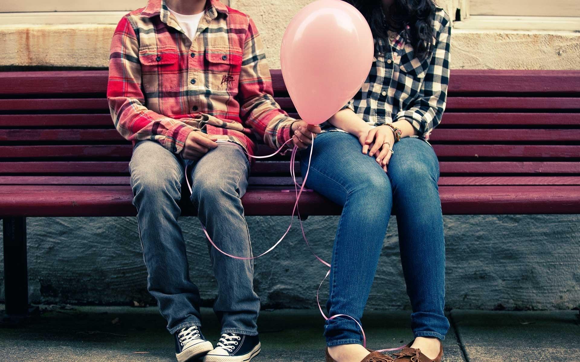 love-bench_00334399